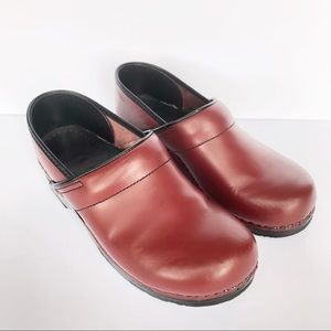 Dansko Leather Professional Red Clog Size 42
